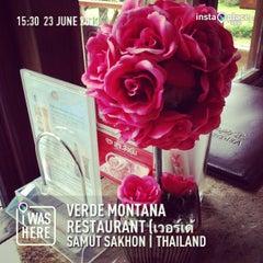 Photo taken at Verde Montana Restaurant (เวอร์เด้ มอนทาน่า เรสเทอรองท์) by Taweerut S. on 6/23/2013