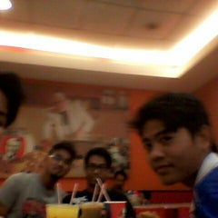 Photo taken at KFC by Faris A. on 11/14/2013