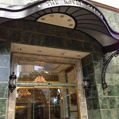 Photo taken at Royal Garden at Waikiki Hotel by @MiwaOgletree on 11/19/2012