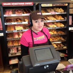 Photo taken at Dunkin' Donuts by Jeannie R. on 2/16/2014