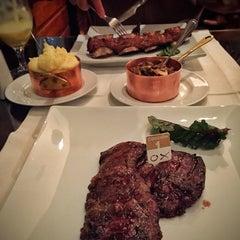 Photo taken at Restaurant Ox by Carlota F. on 5/22/2015