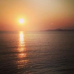 Photo taken at หาดเตยงาม (Teay Ngam Beach) by Demoniac T. on 3/14/2014