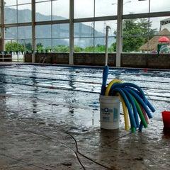 Photo taken at Complejo Deportivo Orizaba (CDO) by Eder B. on 7/4/2014