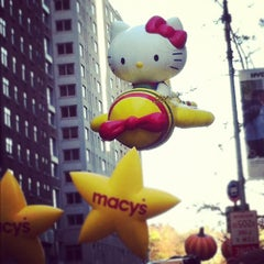 Photo taken at Macy's Thanksgiving Day Parade by Ben C. on 11/22/2012