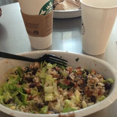Photo taken at Chipotle Mexican Grill by Mary H. on 7/6/2013