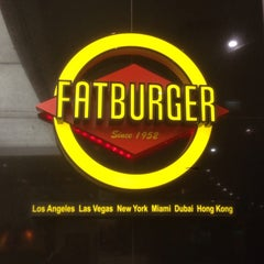 Photo taken at Fat Burger by Petr J. on 4/10/2014