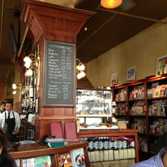 Photo taken at Café de la Presse by Lia N. on 5/25/2013