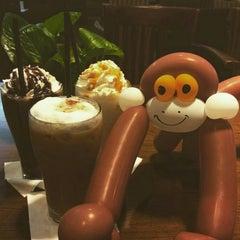 Photo taken at Black Canyon Coffee by Kive on 8/29/2015