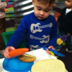 Photo taken at KidsQuest Children's Museum by Crystalina F. on 1/5/2013