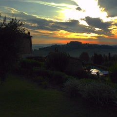 Photo taken at Agriturismo Guardastelle - Sovestro in Poggio Winery by Fausto M. on 9/18/2014