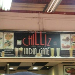 Photo taken at Chilliz Of India Gate by Nasir A. on 4/14/2013