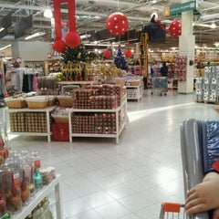 Photo taken at Jumbo by Patricia A. on 10/28/2012