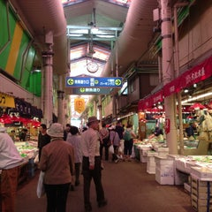 Photo taken at 近江町市場(Omicho Market) by petsounds on 5/13/2013