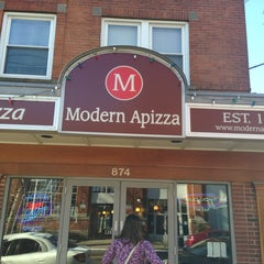 Photo taken at Modern Apizza by Rob C. on 3/23/2013