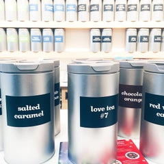 Photo taken at DAVIDsTEA by Na A. on 1/11/2015