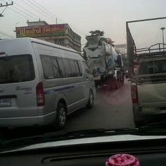 Photo taken at อ้อมน้อย@road by CN_karn k. on 2/2/2013