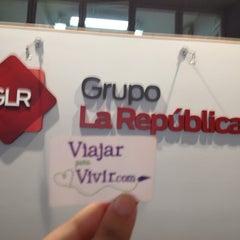 Photo taken at Diario La República by Analucia R. on 9/24/2014