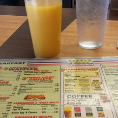 Photo taken at Waffle House by Erika C. on 1/22/2014