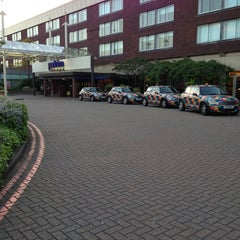 Photo taken at Park Inn by Radisson Hotel and Conference Centre London Heathrow by simei on 6/3/2013