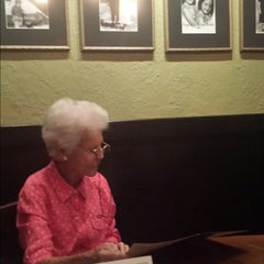 Photo taken at Carrabba's Italian Grill by Ronald R. on 8/29/2014