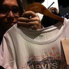 Photo taken at Levi's ® Boutique by Tristan R. on 12/17/2012