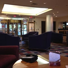Photo taken at Hilton Meadowlands by Torgeir B. on 10/16/2012