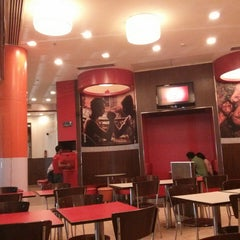 Photo taken at KFC by Warun R. on 1/3/2014