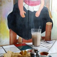 Photo taken at La Parilla Mexican Restaurant by Lino C. on 4/20/2014