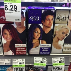 Photo taken at Duane Reade by Heart B. on 9/10/2015