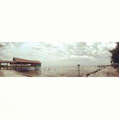 Photo taken at Pantai Gudang Garam by Zameer Z. on 8/11/2013