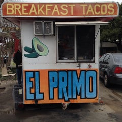 Photo taken at El Primo Taco Truck by Ceci G. on 1/23/2014