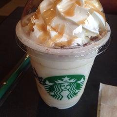Photo taken at Starbucks Coffee つくば店 by Miwako M. on 4/16/2014