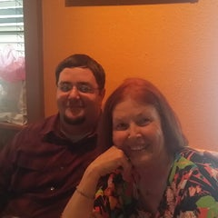 Photo taken at Romano's Macaroni Grill by Mark T. on 5/11/2014