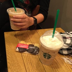 Photo taken at Starbucks by Elif Y. on 12/3/2015