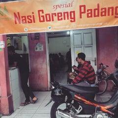 Photo taken at Nasi Goreng Padang by zadith O. on 9/26/2015