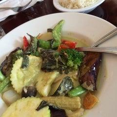 Photo taken at Sawaddee Thai-Sushi Restaurant by Michael A. on 9/23/2014