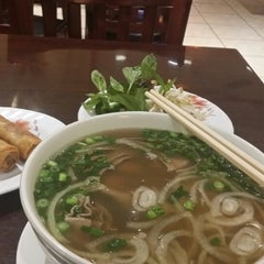 Photo taken at Viet Pho & Grill by Joshua R. on 2/12/2014