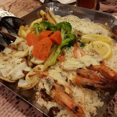 Photo taken at The Manhattan Fish Market by !v@n L. on 5/2/2013