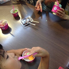 Photo taken at サーティワン アイスクリーム 海老名サービスエリア店 by wing on 8/17/2014