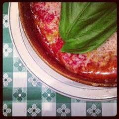 Photo taken at Pizzeria Via Mercanti by Rannie T. on 7/27/2013