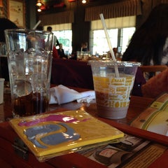 Photo taken at Cracker Barrel Old Country Store by Donald W. on 11/28/2013