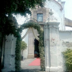 Photo taken at Ex-Hacienda Casasano by Patricia M. on 4/16/2016