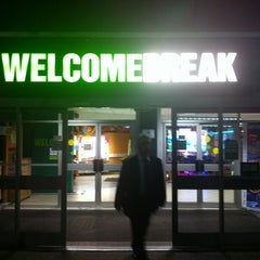 Photo taken at Leicester Forest Motorway Services (Welcome Break) by Gabriel A. on 11/16/2012