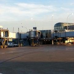 Photo taken at Gate B17 by Rubin W. on 1/15/2013