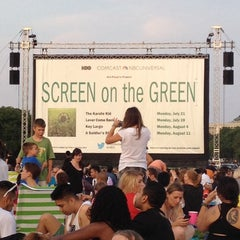 Photo taken at Screen on the Green by Aaron C. on 7/22/2014