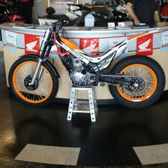 Photo taken at Huntington Beach Honda Motorcycles by D C. on 5/28/2015