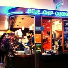 Das Foto wurde bei Blue Chip Cookies von Katherine M. am 1/8/2014 aufgenommen