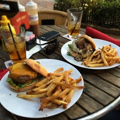 Photo taken at Ketchup Burger Bar by Tammy G. on 5/11/2014