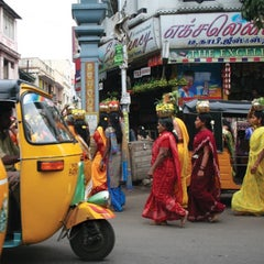 Photo taken at Le Royal Méridien Chennai by Turgay Y. on 2/1/2015
