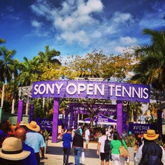 Photo taken at Crandon Tennis Center by Gustavo C. on 3/30/2013